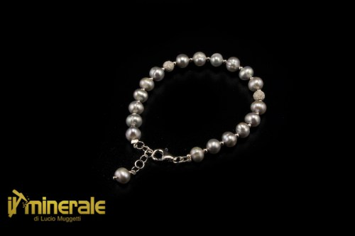BR002ANs1890-1_gioielli_argento_bracciali_perle_coltivate_grigie_silver_jewels_bracelets_cultured_pearls.logo